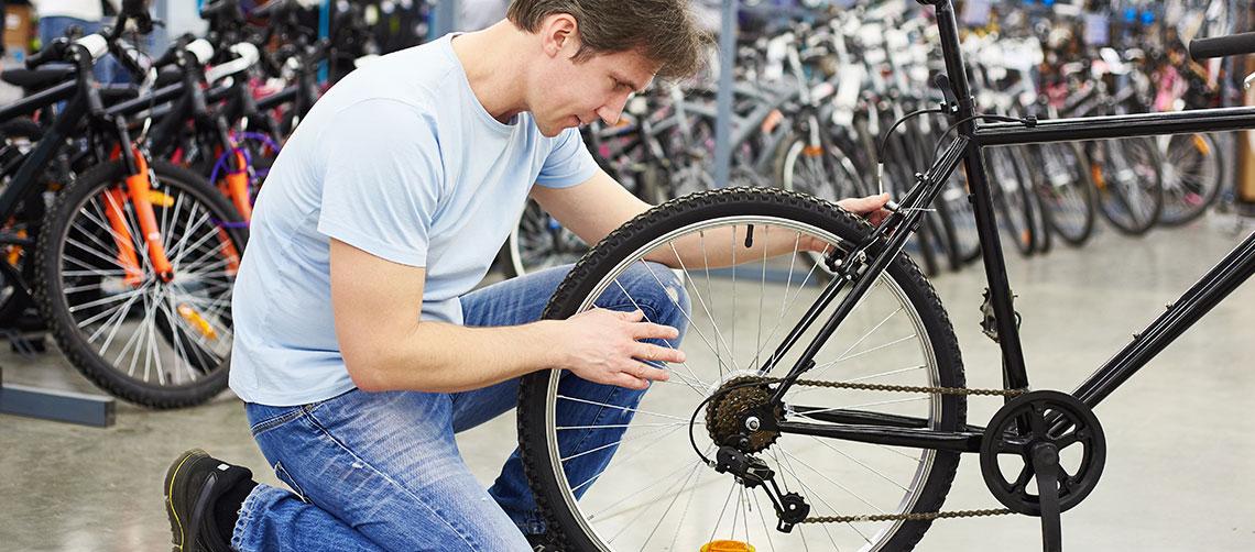 HF Christiansen sælger cykler sammen med de danske cykelfagmænd.